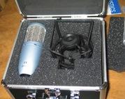 Срочно! микрофон AKG Perception 400