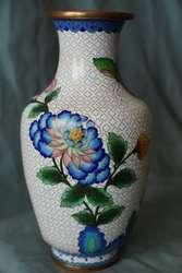 Ваза Пин с изысканным растительным орнаментом. Клуазоне. Китай.