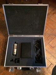 Студийный микрофон Neumann m147 tube