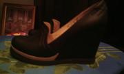 Женские туфли на гейше.