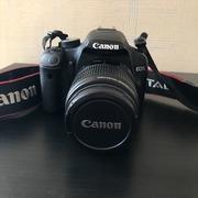 Зеркальная фотокамера Canon EOS 500D