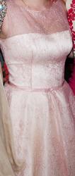 Нежно-розовое платье с корсетом