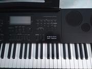 Продам синтезатор,  в отличном состоянии