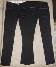 Продам брюки черные Глория джинс 2 шт. на стройных девочек. Р. 134 см